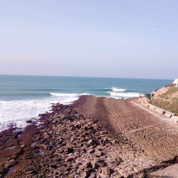 Consolação Beach surfing